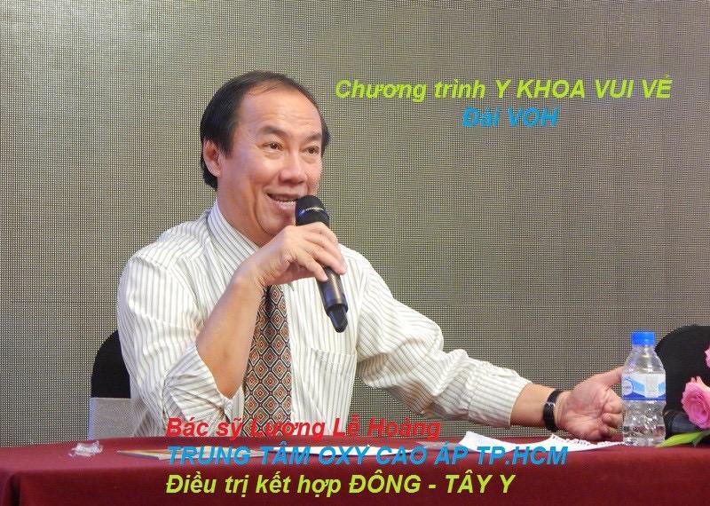 Bác sỹ Lương Lễ Hoàng trong chương trình Y KHOA VUI VẺ (Đài VOH)
