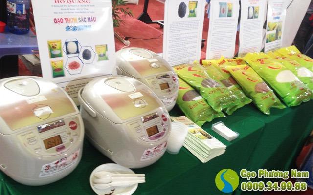 Gạo ST23 được DNTN Hồ Quang Trí giới thiệu ra thị trường tại các Hội chợ về Nông Sản, Lúa gạo