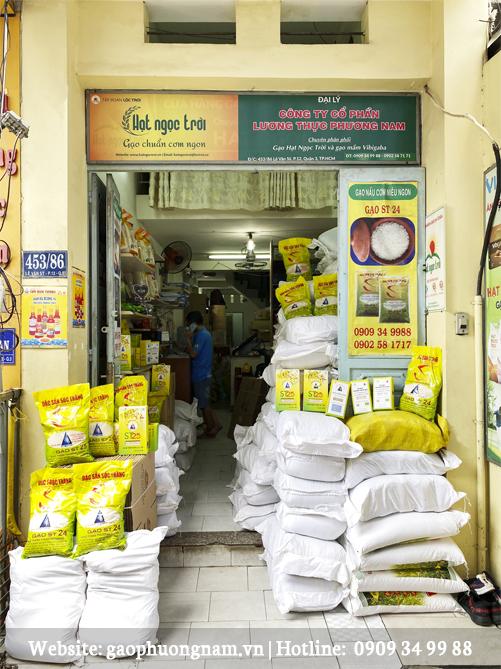 Cửa hàng gạo st25 chính hãng tại 453/86 Lê Văn Sỹ, Quận 3