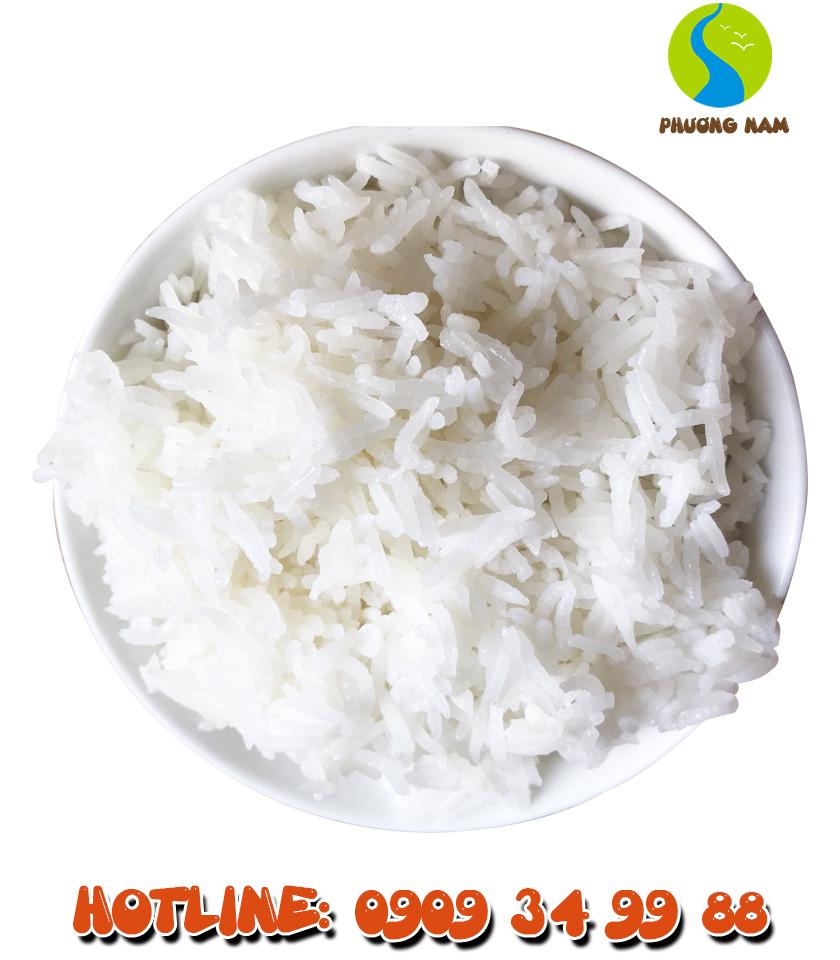 Cơm có hương vị ngọt đậm từ gạo và cơm có độ mềm dẻo