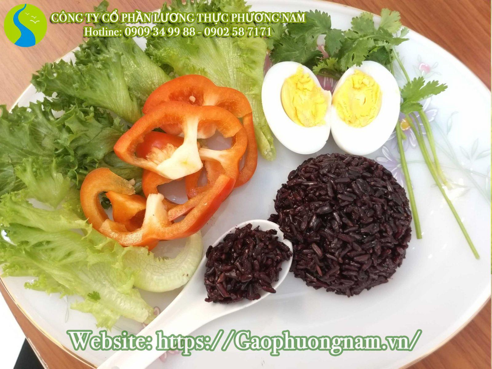 Cơm gạo lứt có thể dùng chung với các món ăn khác
