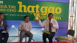 Kỹ sư Hồ Quang Cua giới thiệu về gạo ST23
